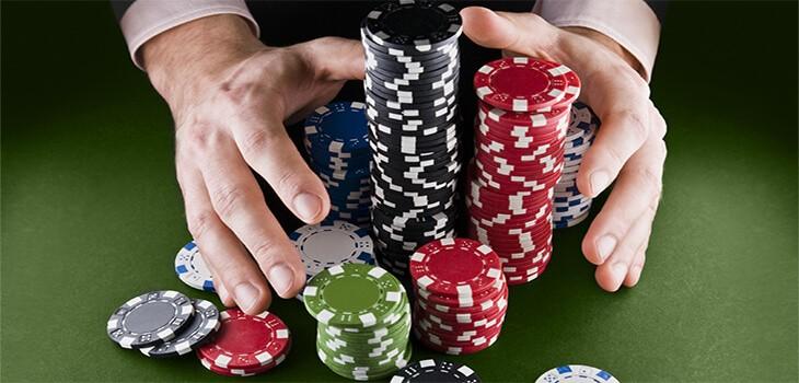 казино покер фича ставкв