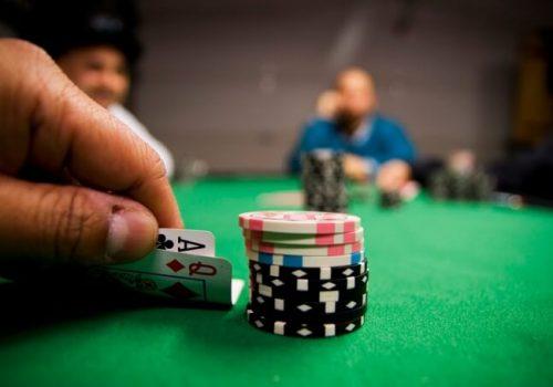 Dinero poker sin deposito 2014